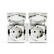 Розетка с заземлением и шторками IP-44 Legrand Quteo (Белый)