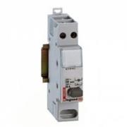 Кнопочный выключатель Legrand с фиксатором 1НО