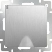 Розетка влагозащищенная с заземлением с защитной крышкой и шторками серебряная рифленая Werkel a035650 WL09-SKGSC-01-IP44
