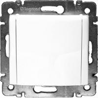 Розетка с заземляющим контактом и крышкой (2К+З IP-20) Legrand Valena (Белый)